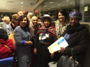 Almira Garms e Nancy Ferruzzi Thame, na Conferência Nacional da Mulher, na ONU