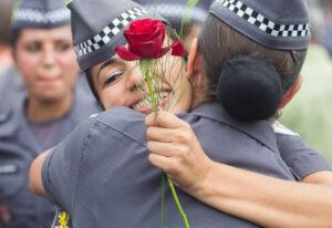 Hoje são aproximadamente 10 mil mulheres entre soldados, cabos, sargentos e oficiais