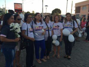 PSDB-Mulher PI participando de manifestação de mulheres contra violência em 2 de junho
