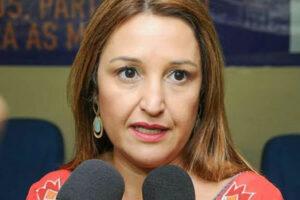 AdrianaToledo