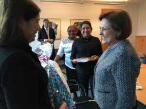 Solange e Thelma de Oliveira com a Embaixadora do Brasil, Maria Luisa Viotti