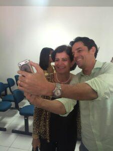 Eliana Piola e Daniel Coelho nos bastidores do seminário de capacitação para pré-candidatas Foto: Karla Vasconcelos