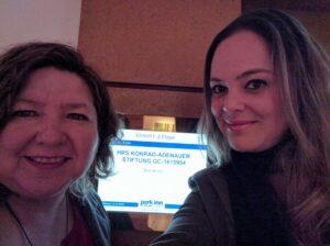Glória Fuentes e Irina Cezar, a tradutora desta entrevista