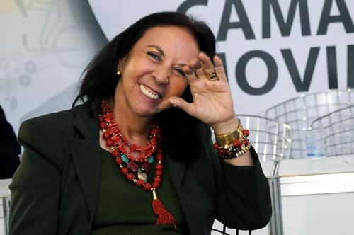 MARIA DE LOURDES ABADIA ASSUME A PRESIDÊNCIA DO SEGMENTO